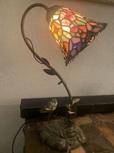 Tiffany Style Table Lamp Stained Glass  Handcraft