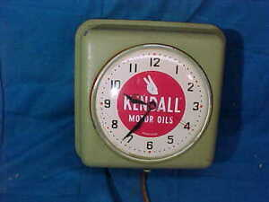 1950s KENDALL MOTOR OIL Gas Station ADVERTISING CLOCK Works