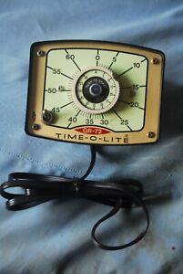 Vintage Time-O-Lite Model GR-72 Industrial Darkroom Timer film Processing Glow B