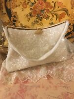 VINTAGE CLUTCH BAG JAPAN WHITE BEADED FLOWER PURSE W/ABALONE TOP 1950s