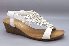 Truffle Womens UK 6 EU 39 White Floral Wedge Heel Faux Leather Slingback Sandals