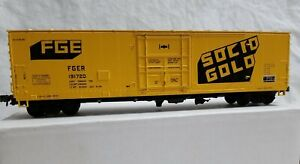 DETAILS WEST HO 50' INSULATED BOXCAR FGE SOLID GOLD No. 191720 - RTR w/UPGRADES
