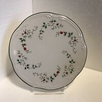 Pfaltzgraff Winterberry Cake Plate Cheese Tray Porcelain Trivet 8-7/8 Inch