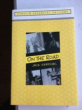 ON THE ROAD (ESSENTIAL EDITION): (PENGUIN ESSENTIAL EDITION) by Jack Kerouac