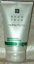 AVON TRUE Nutra Effects Erfrischendes Reinigungsgel 150 ml für jede Haut Spa