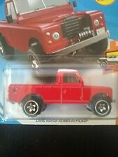 2019 Hot Wheels HW HOT TRUCKS 3/10 Land Rover Series III Pickup 111/250