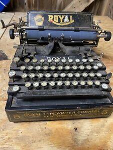 ANTIQUE 1912 ROYAL 5 TYPEWRITER MADE IN NEW YORK Flatbed
