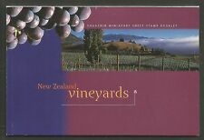 New Zealand 1997 Vineyards prestige booklet--Attractive Topical (1429a-34b) MNH