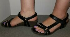 BARELY WORN TEVA VENTURA LEATHER WEDGE HEEL SANDALS SIZE 9 M! FREE SHIPPING!
