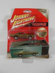 Johnny Lightning 1/64 Pro Collector Mopar 1969 Road Runner