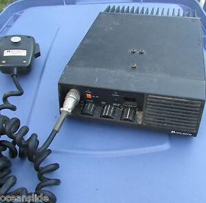 MIDLAND 806-870 15watt Dash MOUNT TRUNKED 70-9015 PRO LAND MOBILE RADIO W/ MIC