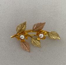 Black Hills Gold 10k Brooch 5 Leaves, 2 Pearls