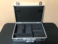 Nintendo Wii Carrying Case Intec Pro Gamer's Aluminum Case Excellent Condition