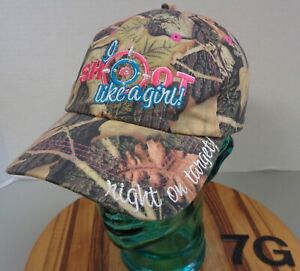 WOMENS SHOOT LIKE A GIRL RIGHT ON TARGET HAT CAMO EMBROIDERED ADJUSTABLE EUC 7G