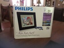Philips Home Essentials Digital Photo Frame, 7 Inch