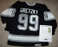 WAYNE GRETZKY SIGNED LOS ANGELES KINGS VINTAGE CCM JERSEY PSA/DNA LOA AB00222