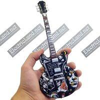Mini Guitar scale 1:4 OASIS noel gallagher tribute miniature gadget collectible