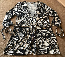 Gelco Size 16 Black/beige Patterned Top