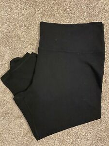 OLD NAVY ACTIVE Women's Plus Activewear Black Capri Leggings 3X XXXL