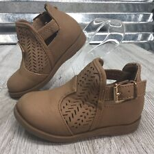 Lucky Top Bootie Girls Slip On Buckle Lattice Brown Apron Shoe Size 4C