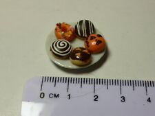 1:12 Scale 5 Donuts  on Plate Dolls House Miniature Accessories