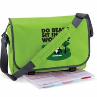 DO BEARS SIT IN THE WOODS PERSONALISED MESSENGER TOTE LAPTOP BAG – 19 COLOURS
