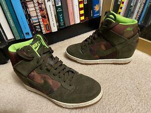 Nike Women's (7.5) Dunk Sky Hi Sneaker Wedge Green/Camo Tops 543258-301 hidden
