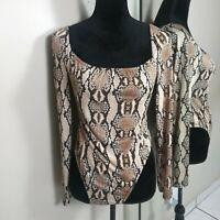 Boohoo Snakeskin Print Long Sleeve Sexy Bodysuit Womens size 8 Medium