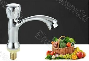Chrome Finish Bathroom Basin Tap Faucet (GY6508)