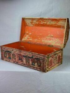 """18th Century wooden chest with original patina 33½"""""""