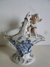 05B46   FIGURINE CORBEILLE ANGE  PORCELAINE FINE CHINA BONE  DECOR OR PEINT MAIN