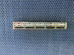 Porte Décorations en métal doré pour 5 médailles REDUCTION