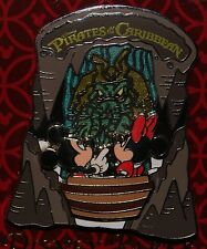 Disney Pin Pirates of the Caribbean Mickey & Minnie with Davy Jones