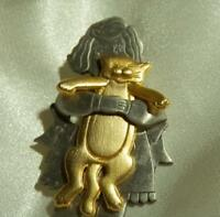 Vintage 80's Signed JJ Pewter And Gold Tone Little Girl & Her Kitten Brooch192M8