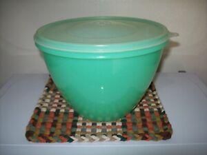 Vintage Tupperware Crisp It Jadite Lettuce Keeper With Lid - # 679