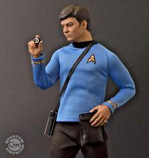 Qmx STAR TREK Classic DR Leonard McCoy 1:6 Scale MASTER Action Figure NEW