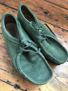Clarks originals wallabees RARE Green 8 Shoes