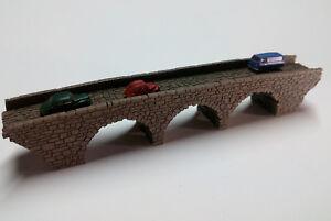 Z GAUGE Z SCALE MODEL RAILROAD LARGE THREE ARCH STONE BRIDGE