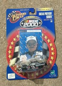 DALE EARNHARDT #3 GOODWRENCH CHEVY 1:64 SNEAK PREVIEW 2000 collector series card