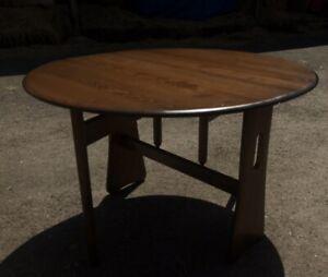 Vintage Retro Ercol Ercol gate leg oval circular table (model 1156) Golden Dawn