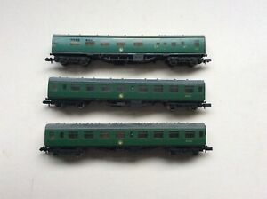 N Gauge 3 Farish Coaches In BR Green Livery