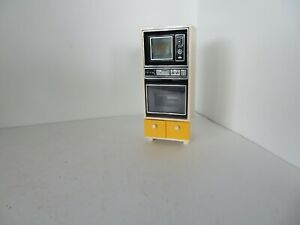 VTG Tomy Dollhouse 1980 oven /  microwave doors open Cabinet, Moveable drawers