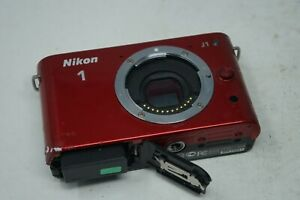 Nikon J1 10.1MP, Interchangeable Lens (Pop Up Flash) Red