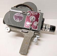 "CAMERA PATHE WEBO "" modèle SUPER 16 "" - 16 mm - 1947/1960 - N°11156 +poignée"
