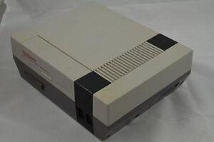 Nintendo NES Konsole RGB & 3 in 1 Spiel #1006