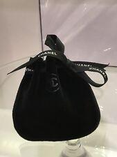 Borsa CHANEL Sacchetto Piccolo Velluto Nero Nastro Fiocco tessuto-carta INCARTATI 10x9 cm
