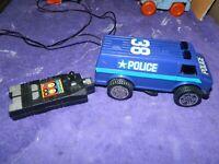 VINTAGE MORPH-O-DROIDS TRANSFORMERS POLICE VAN TOY 1984 VECTOR INT