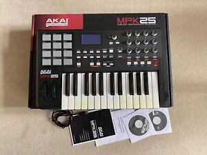 Akai Professional MPK25 Midi Keyboard Controller