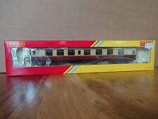 "Hornby Railroad R4812 BR Mk1 Composite Coach ""E15303"" NEW"