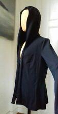 Veste  sportwear MARC CAIN capuche noire 42 fluide légère. .magnifique !